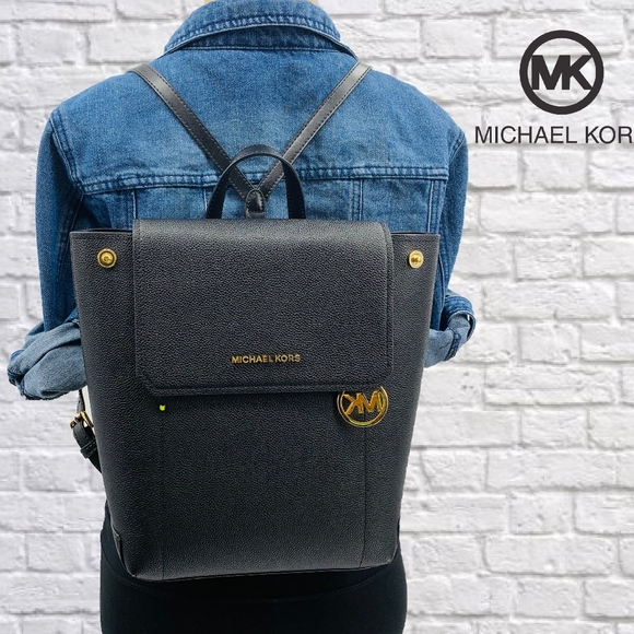 Michael Kors Handbags - SOLD!!!! THIS LISTING IS NO LONGER AVAILABLE!!!
